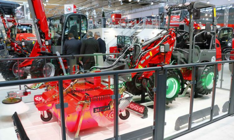 Weidemann goes electric…for front attachments too