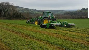 Video: Cork contractor taking out grass for bales…in January