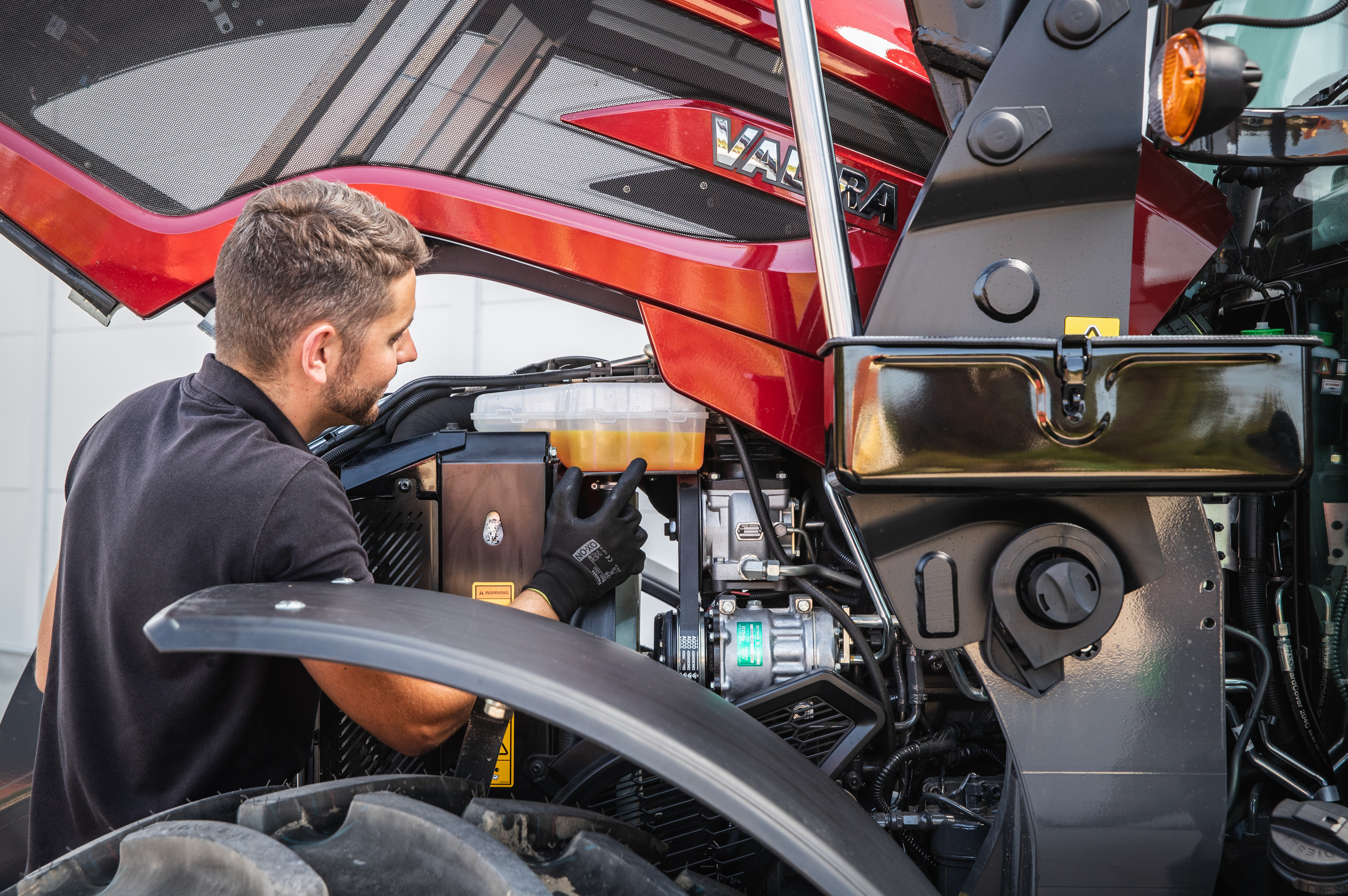 Check your tractor's fuel level and faults   on your phone