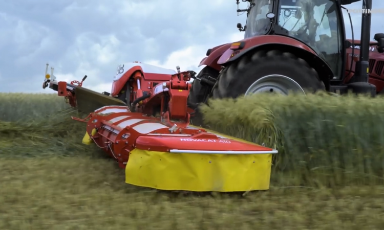 Pottinger mows and groups your grass or whole-crop…with less weight and power