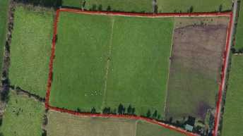 Small holding on 8ac offers site potential for €12,500/ac