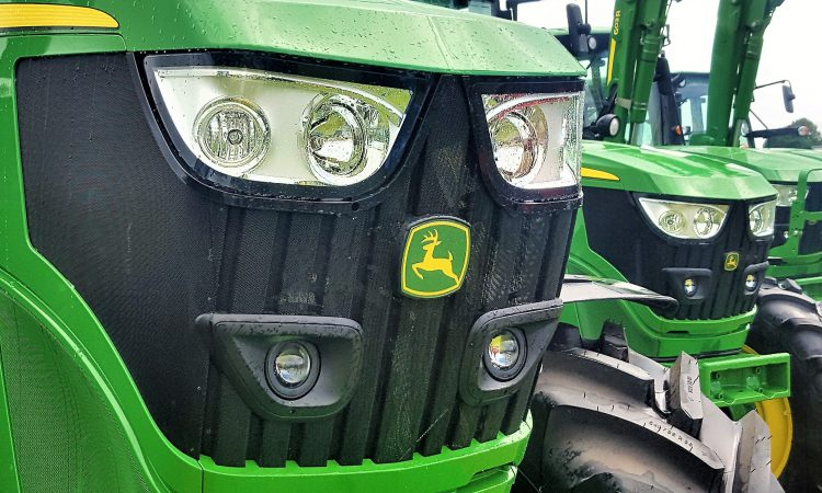 Update: Over 100 John Deere 6R/M Series tractors to go to auction this week