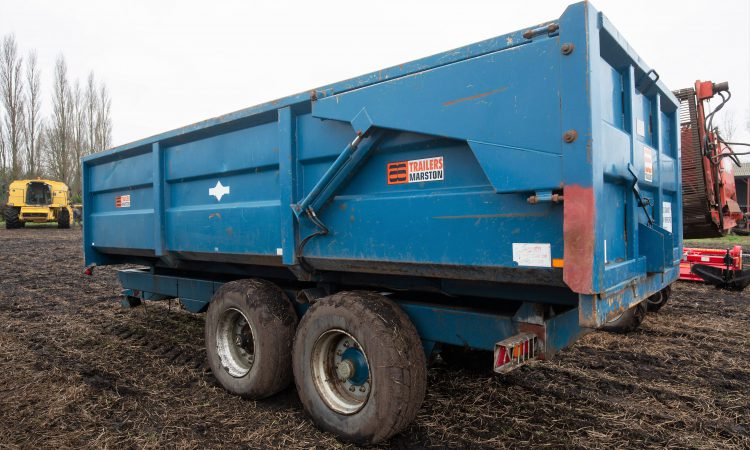 Auction report: Fleet of trailers goes 'under the hammer'