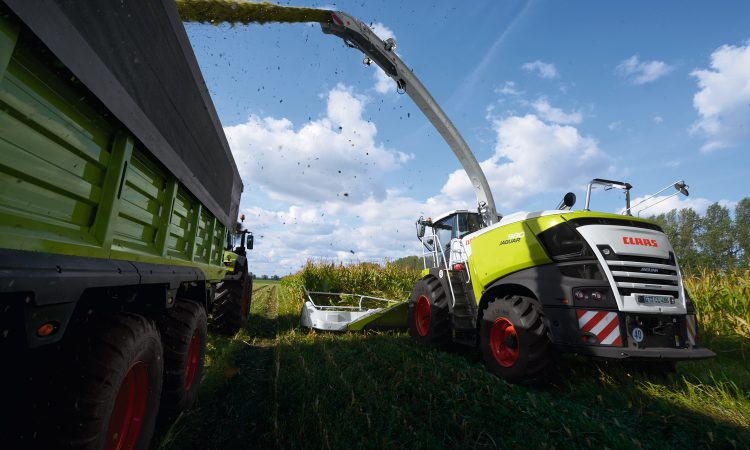 Flagship forager on a approach to FTMTA Farm Machinery Show…with a surprise
