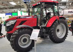 Major 体育betway客户端tractor row between John Deere and Mahindra;but over what?