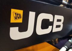 JCB to invest £65 million in a new factory in India