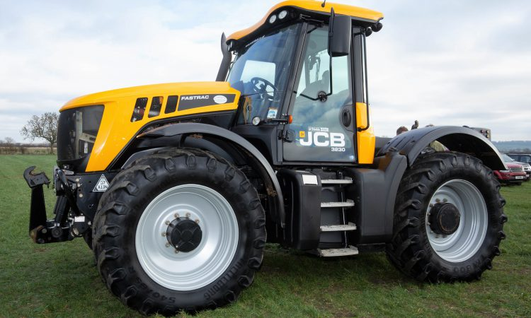 Auction report: 'High-value' tractors and kit change hands