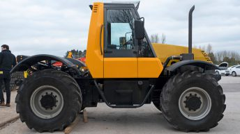 On-site pics: Prototype JCB Fastrac sells at auction for £15,000
