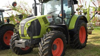 'A modern 120hp tractor will now need a minimum rate of €50/hour'