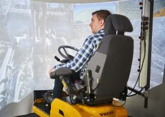 Volvo uses 5G mobile network to test remote-controlled loaders