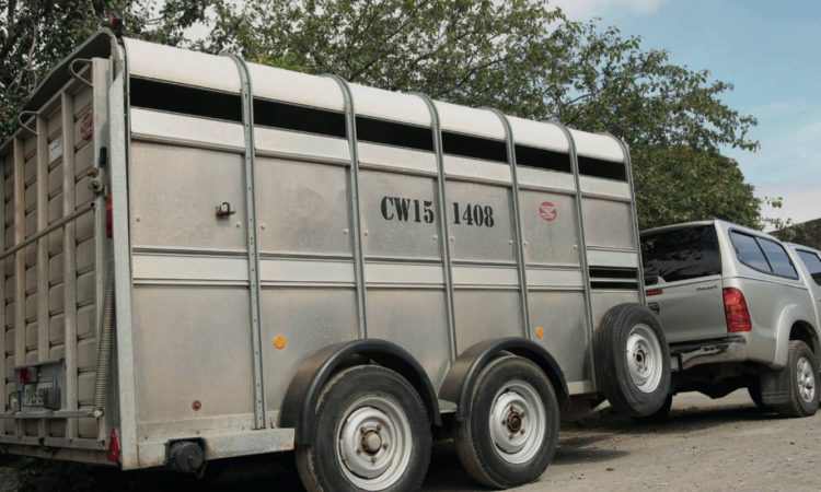 Farmers urged to properly secure trailers following spate of thefts