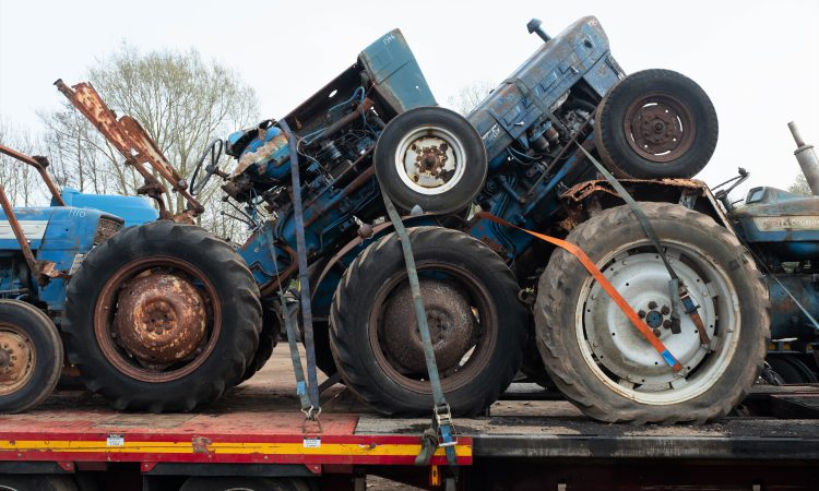 Auction report: A case of the 'blues' at April's big tractor sale?