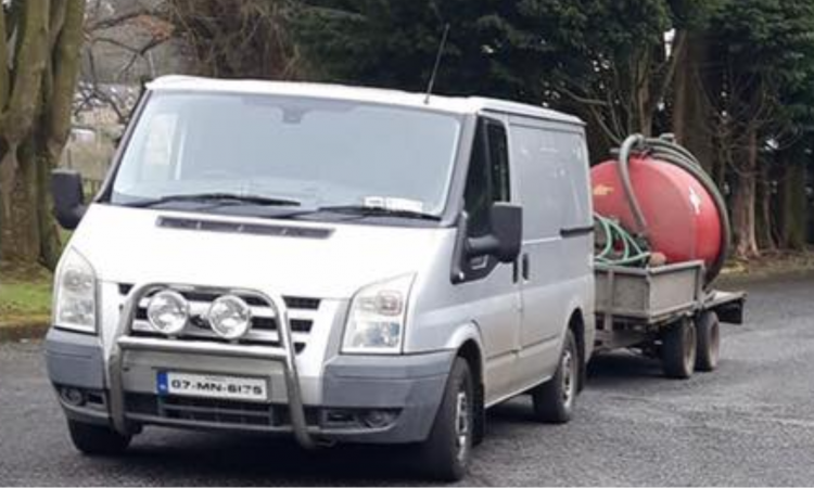 Agri contractor's van and trailer stolen from yard