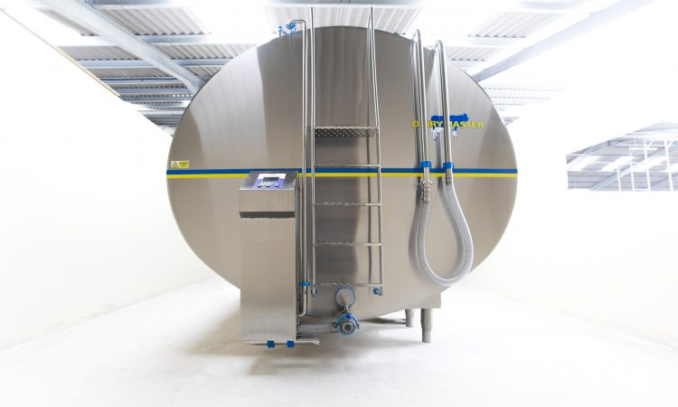 Factors to consider when purchasing a new milk tank
