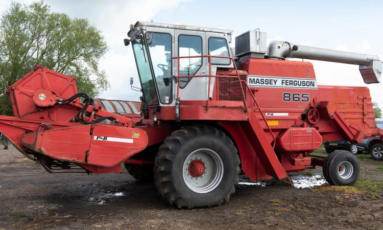 Auction report: Cheap combine; but is it collectible?