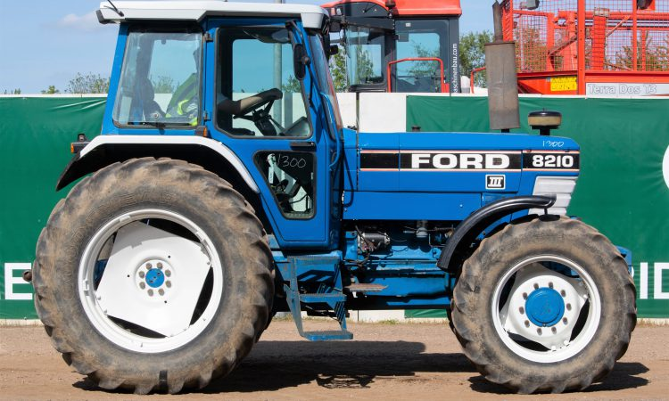 Auction report: 'Best in blue' from this month's big sale