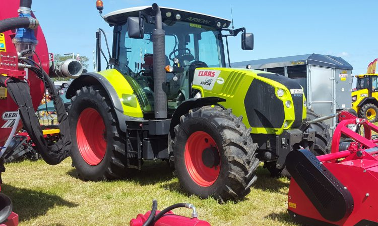 Sales of new tractors bounce back in the UK