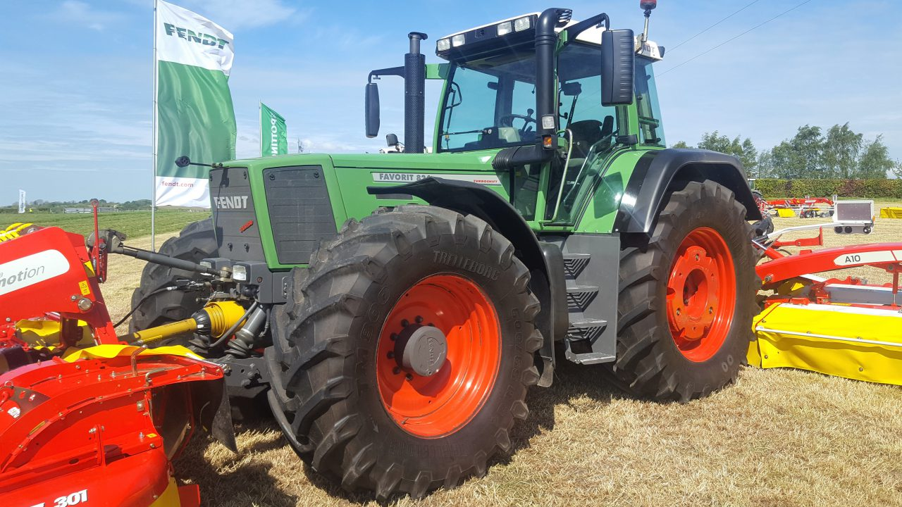 Modern 'classic' pulls punters to Fendt and Pottinger outing in Co. Offaly