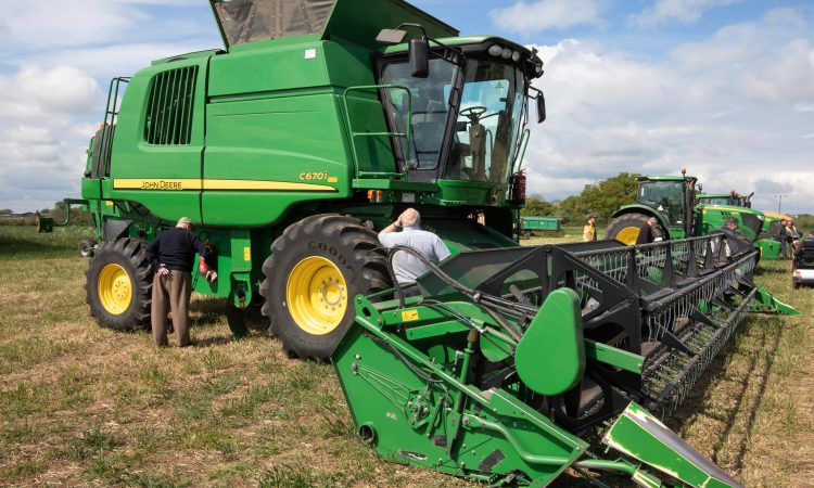 Auction report: Brisk bids for 'tidy' tillage tackle