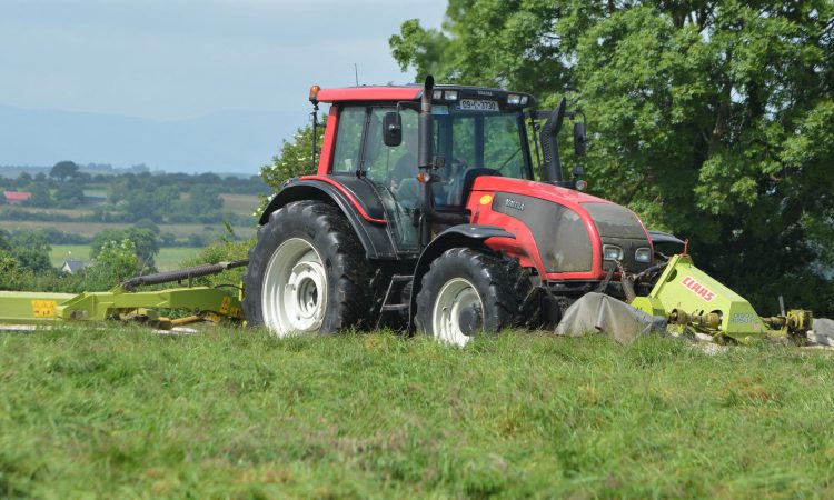 Is €21/ac a fair price for mowing silage in 2019?