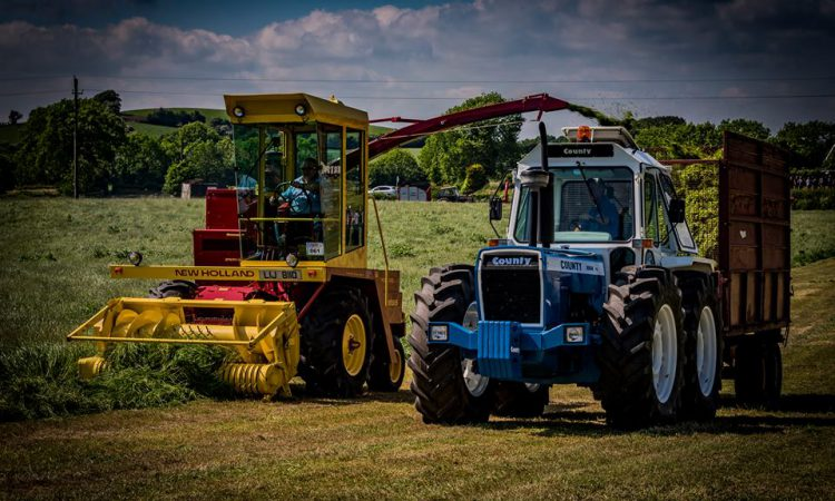 'Break for the border': Calling all classic silage equipment…