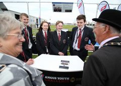 20 Angus calves presented to NI teenagers