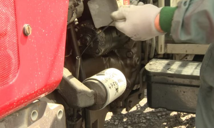 Video: 5 tractor safety checks outlined in 1 minute