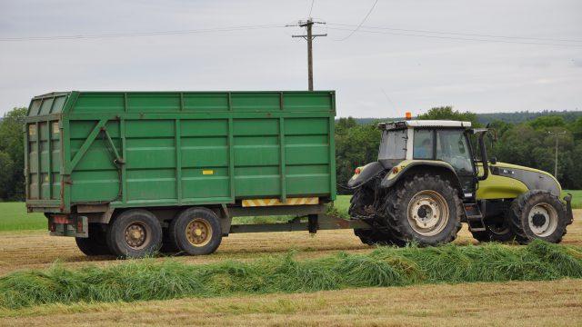silage safety esb lines trailer