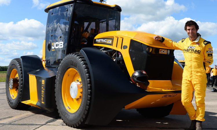 103mph: 'Modified' JCB Fastrac sets new tractor speed record