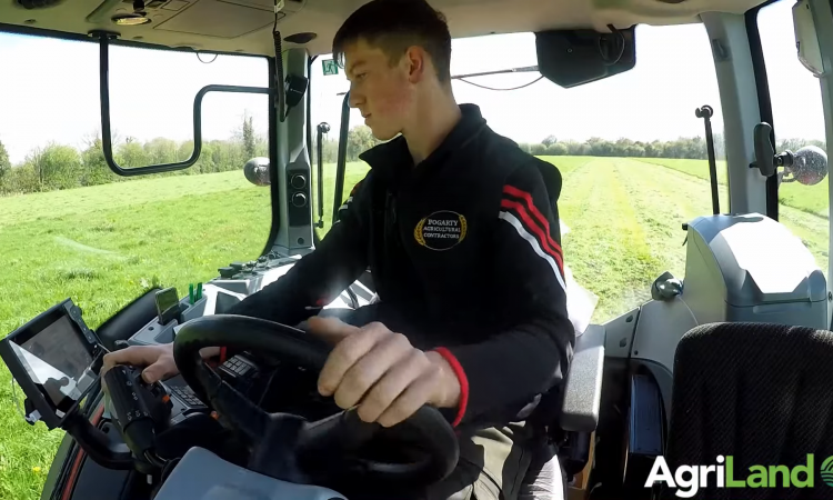 Video: Swapping a John Deere 7430 for a Valtra T194: How's it faring?