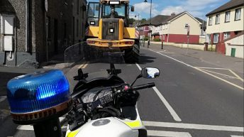 Loader driver in hot water with Gardaí for 'mobile' mix-up