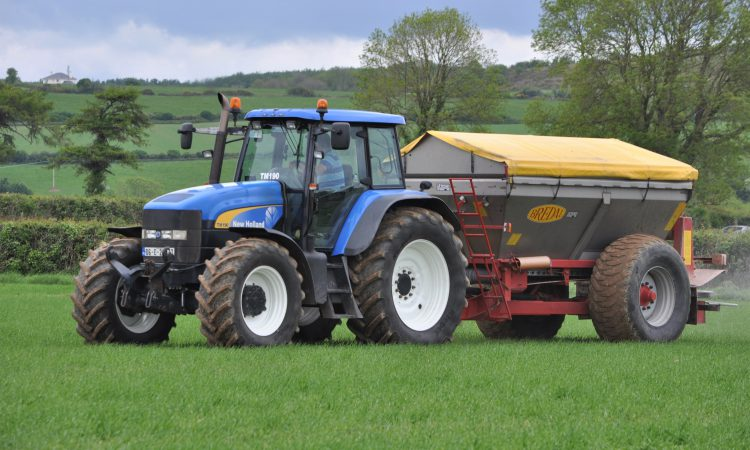 Table: Which tractor brand is the most popular used import this year?