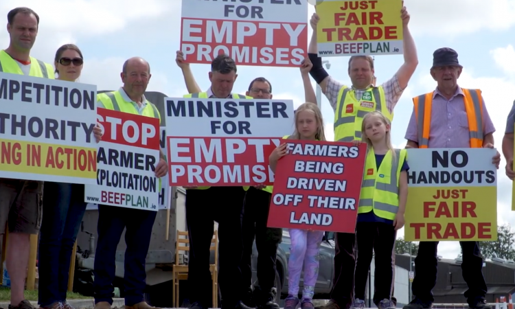 Video: Beef Plan protestors give views on limited dairy eligibility in BEAM