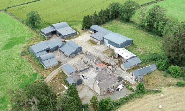 216ac residential farm with outbuildings for auction