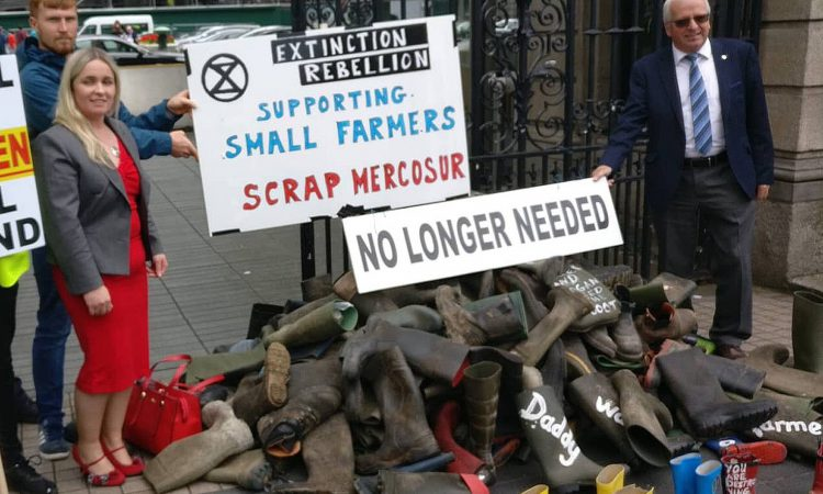 Climate change activists back farmers at major rural protest