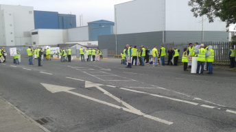 Beef Plan holds protest at ministerial visit in Roscommon