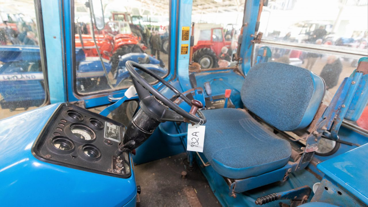 Auction report: Ford fanatics flock to sale of 'working classics'