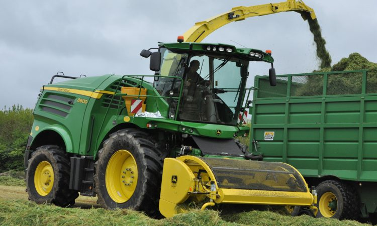 Sales of self-propelled foragers still climbing – to new record levels