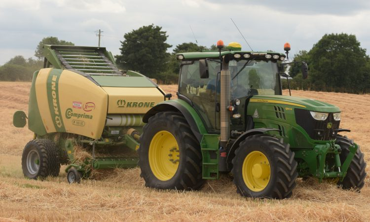 Baling straw: What does it cost?