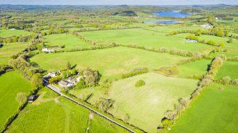 'Stud alert': 39ac equestrian holding seeks prospective buyers