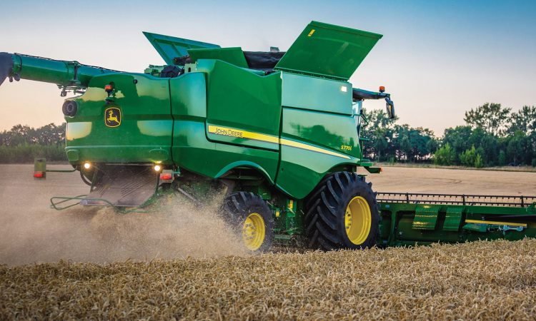 John Deere to roll out combine updates…and a money-back 'guarantee'