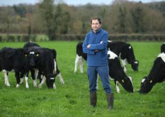 Award-winning farmer to host best practice dairy farm walk