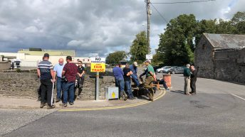 Rathdowney protesters make agreement with factory representatives