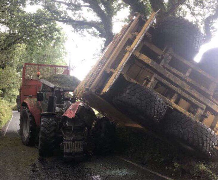 Lucky escape for drivers in 2-tractor road collision