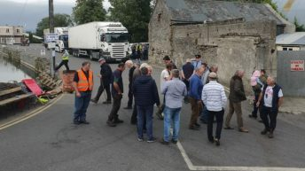 Talks fall through between protesters and factory in Laois