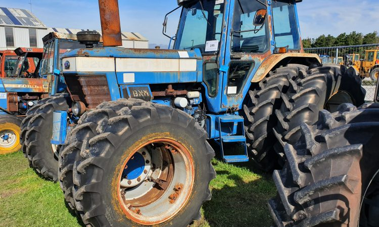 Auction report: Finding a 'fixable' Ford…at the big Bord Na Móna sale
