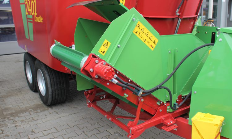 IAM to bring a brace of machines to the 'Ploughing'