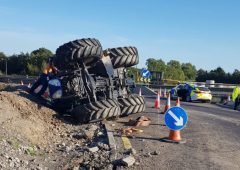 Tractor overturns on M7 motorway