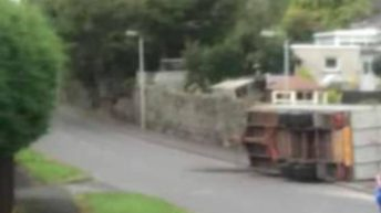 Trailer carrying livestock overturns in Armagh
