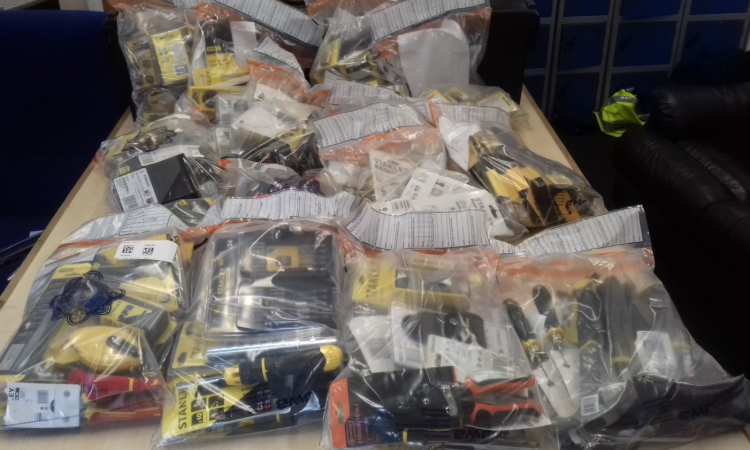 €6,000 worth of stolen tools recovered in car boot sale